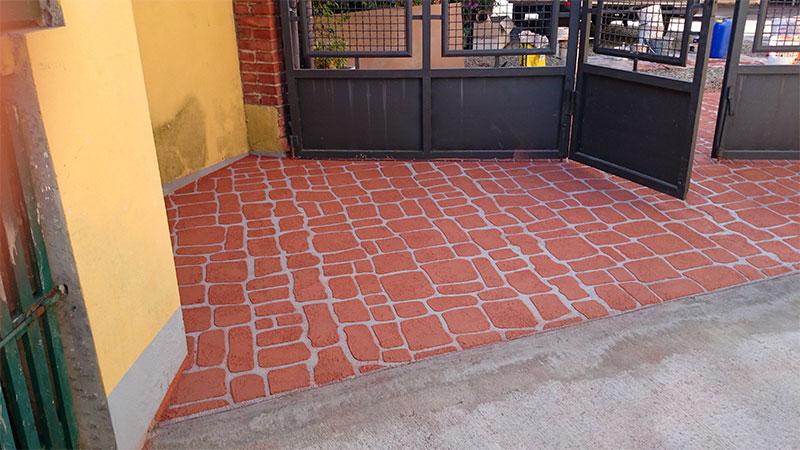 Pavimentazione in Deco Spray Cotto
